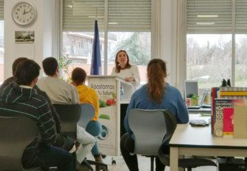 Los alumnos del IES Francisco Tomás y Valiente presentan los proyectos empresariales Mundiluz y Tomval