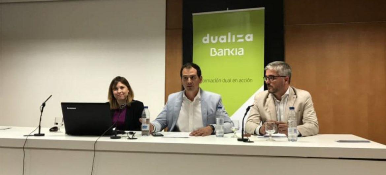 Seis centros educativos de Granada se alían para impulsar la formación de la mano de Dualiza Bankia