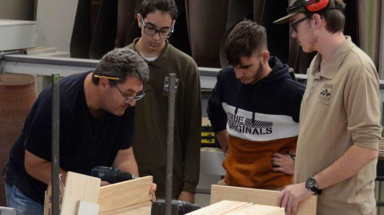 """Proyecto de Innovación Educativa """"Construint Futurs"""""""
